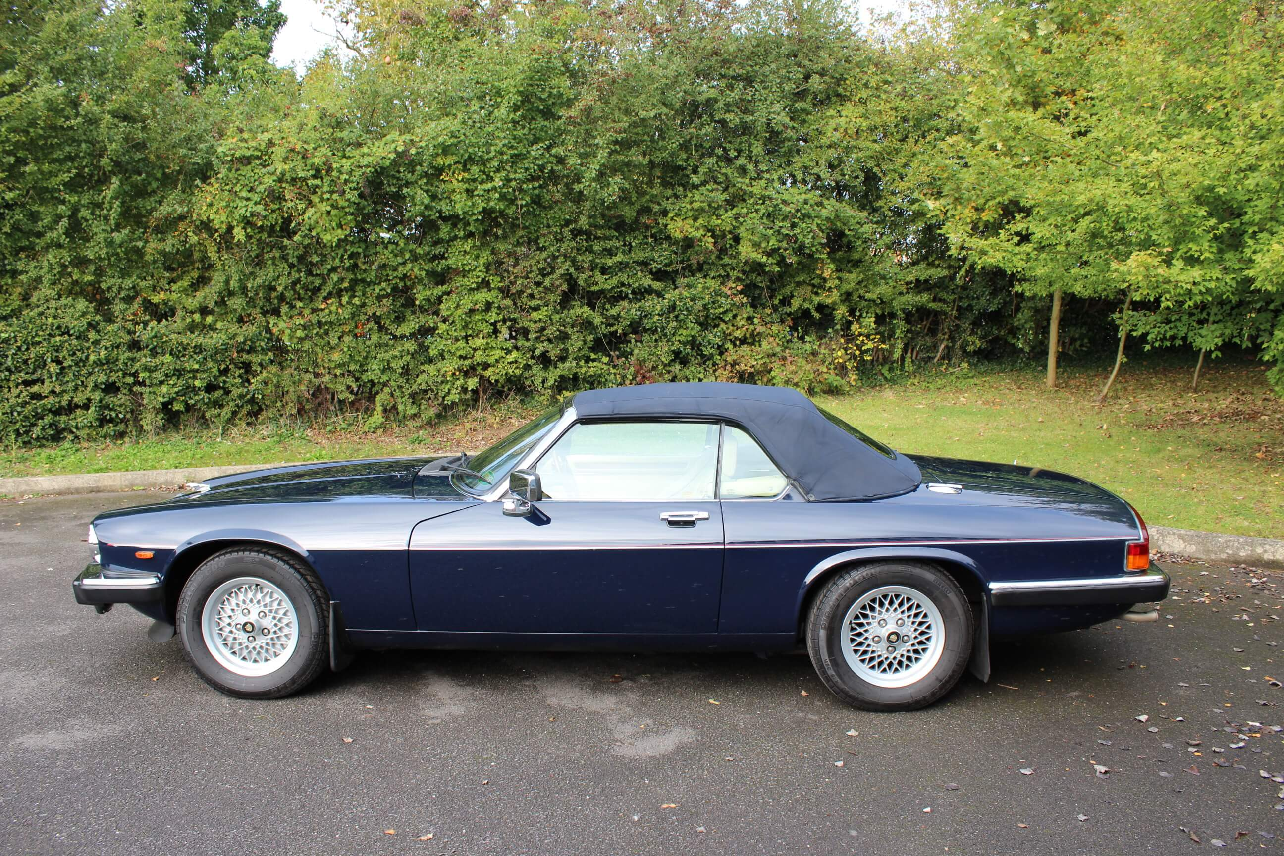1989 jaguar xjs 5 3 v12 convertible auto sherwood restorations. Black Bedroom Furniture Sets. Home Design Ideas